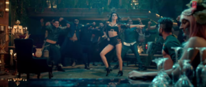 Raabta Main tera Boyfreind Kriti Sanon energetic dance steps dance steps