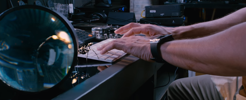 Mahesh babu Spyder Movie his Robotic spider working on computer