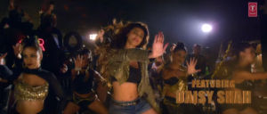 Daisy Shah in Aaja Mahi song