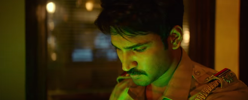 Aadhi pinisetty in uturn movie as a cop